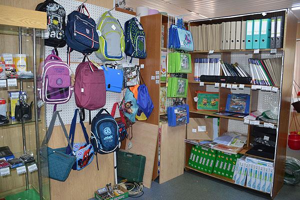 """Все необходимое для школы — в магазине """"Лучший мир"""" в Толочине"""