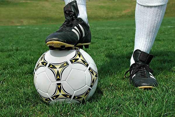 Толочинские футболисты домашним матчем против лидера завершат первый этап областного первенства