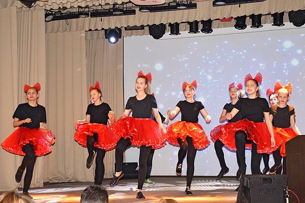 В Толочине пройдут концерты к дням матери и работников культуры