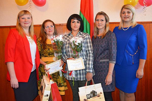 В Толочине вручили подарки многодетным матерям