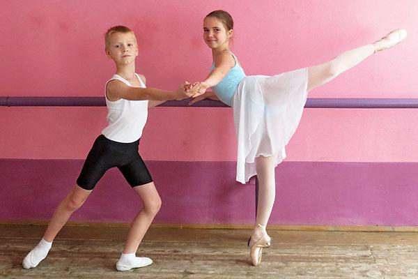 Юным толочинцам овладеть языком танца помогают сила воли и упорство