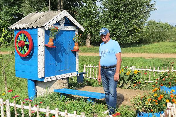 В сердцах наших — родной край: Николай Козик, приезжая на малую родину, своим трудом делает землю краше