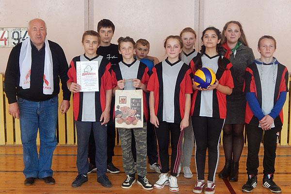 В Толочине прошел турнир по пионерболу