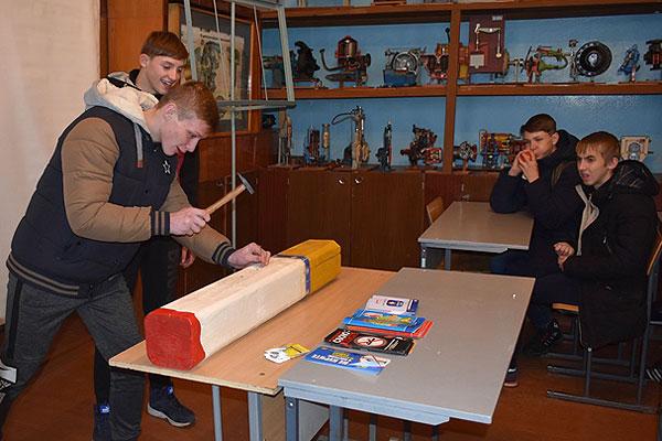 Толочинские спасатели посетили лицей в Коханово с занимательной конкурсной программой