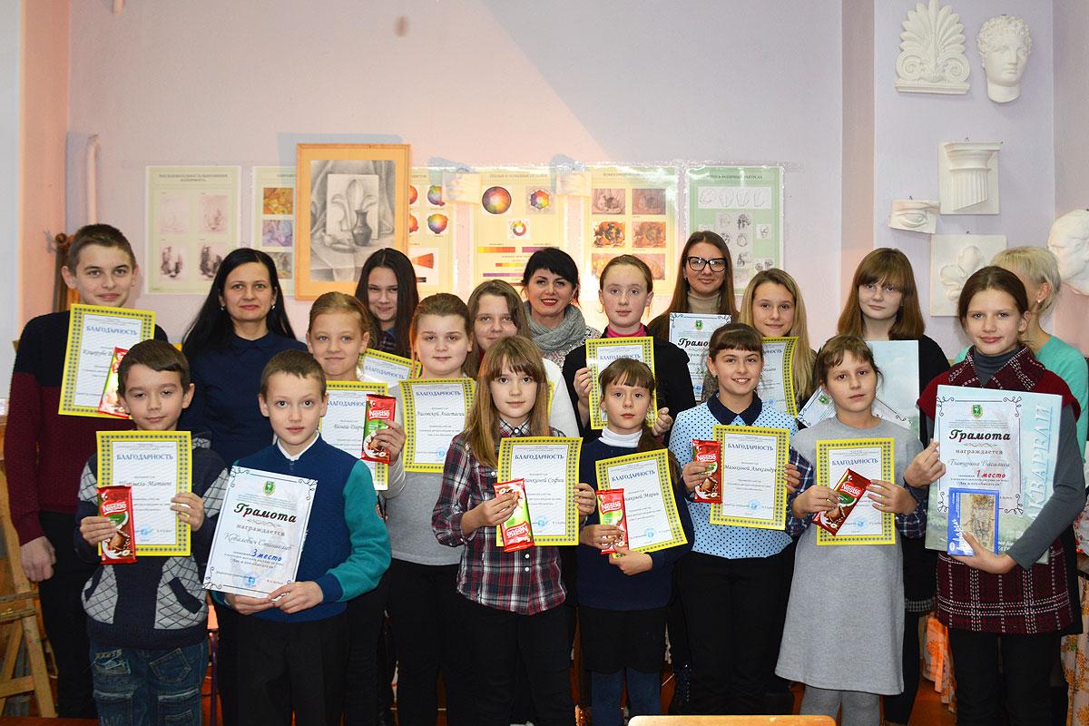 Жители леса глазами детей: в Толочине подведены итоги районного конкурса детских рисунков