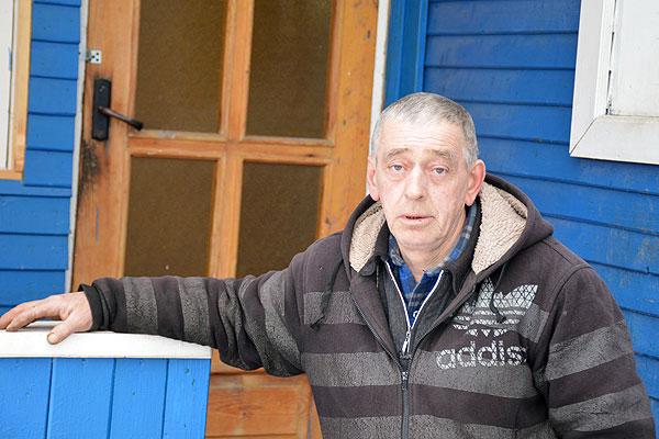 Слух о мастерстве толочинского плотника Владимира Медвецкого дошел и до России