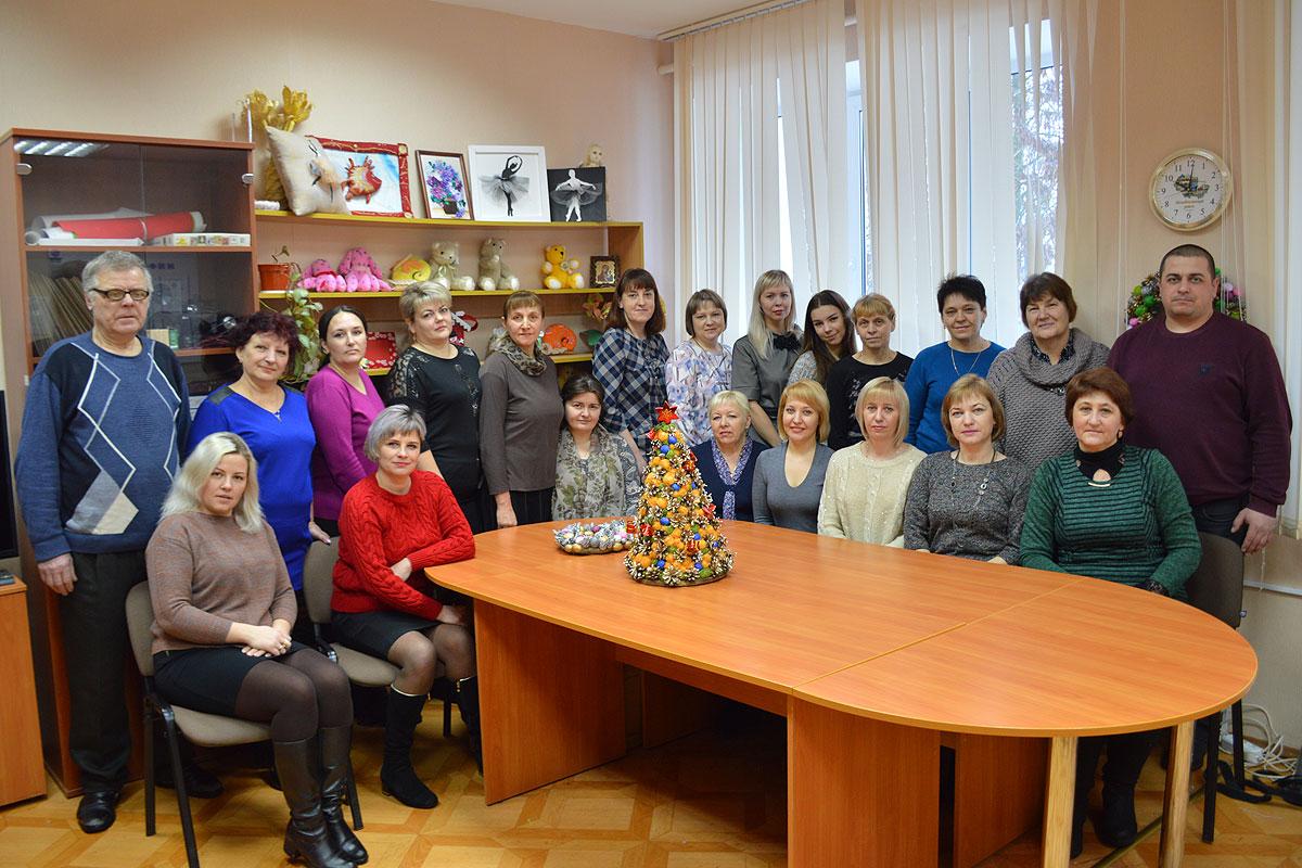 С добром и заботой идут к людям работники социальной службы Толочинского района