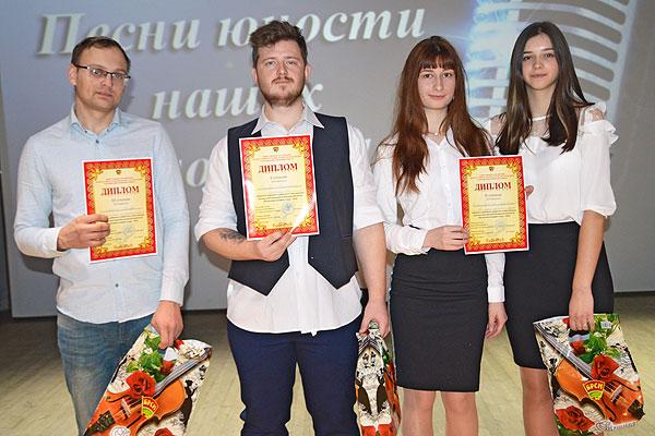 И зазвучала музыка: в Толочине прошел районный этап конкурса молодых исполнителей патриотической песни