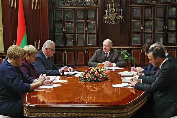 Тема недели: Президент провел совещание о перспективах развития системы образования