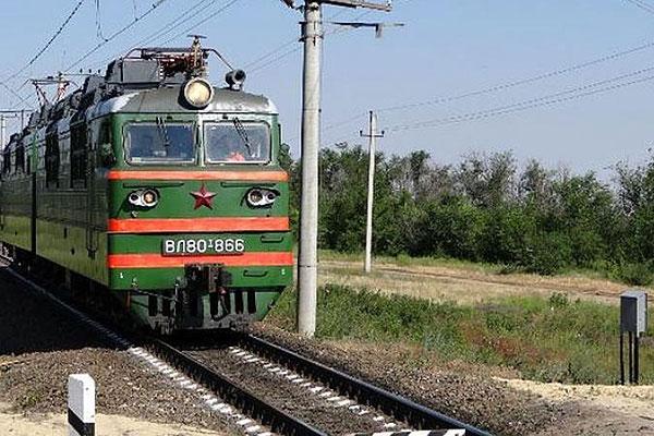 На железнодорожном переезде в Толочинском районе погиб мужчина
