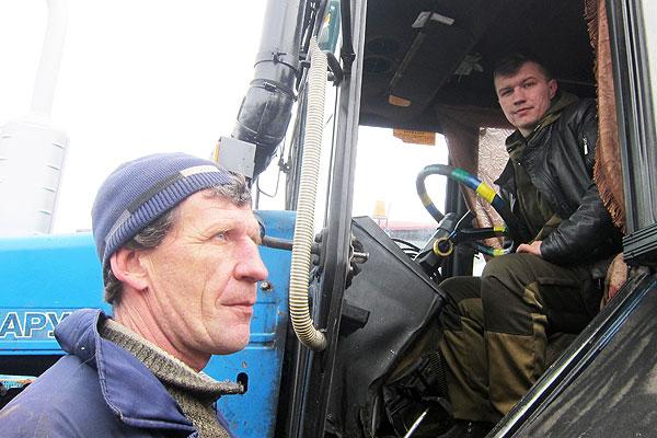 Семью толочинских механизаторов Саковцов скрепляют общие заботы