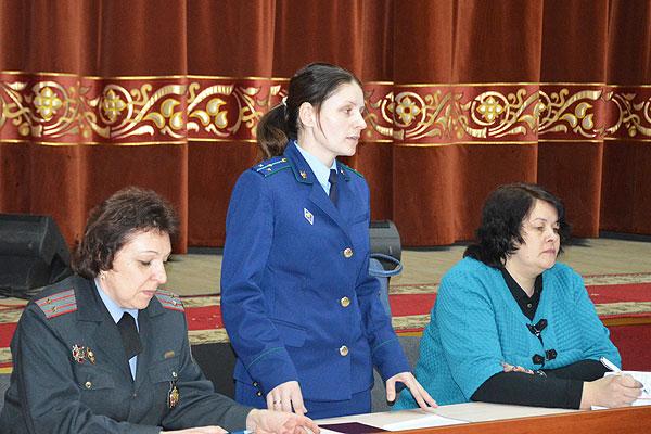 Активный диалог на актуальные темы: в Толочине прошел семинар-практикум работников идеологии