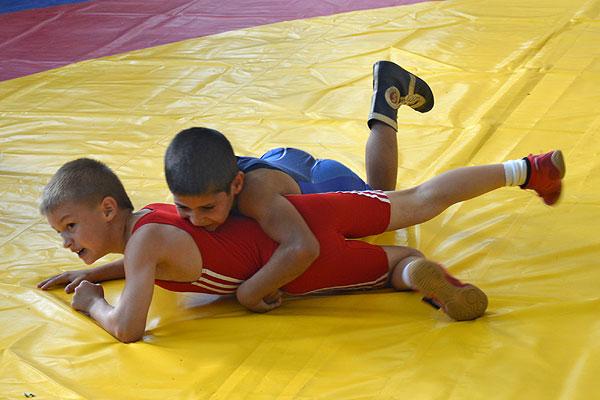Толочинский борец Даниил Серафимович стал призером турнира в Витебске