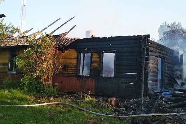 В Толочинском районе огонь унес жизнь женщины