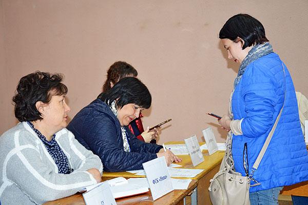Наибольший интерес у безработных на ярмарке вакансий в Толочине вызвали предложения ООО «Фибраком»