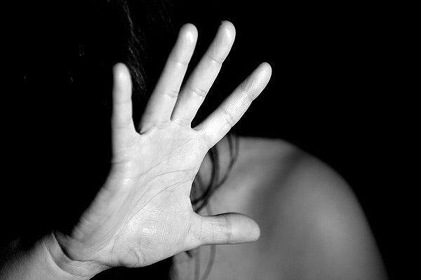 Житель Толочинского района обвиняется в истязаниях и угрозе убийством