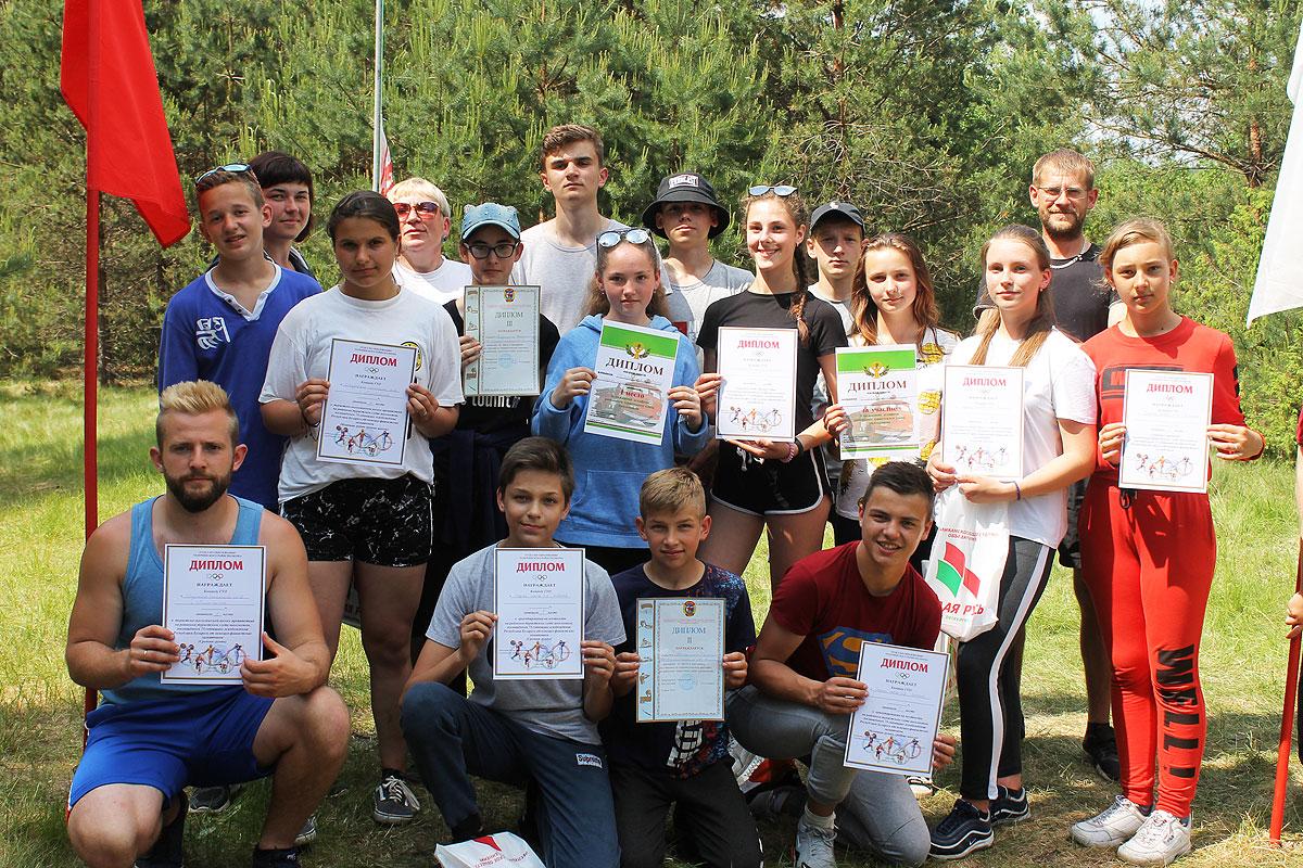 Турслет среди школьников собрал в Молявке самых активных