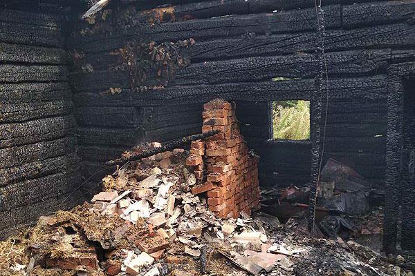 В Обольцах в результате пожара повреждена баня