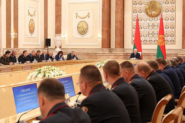 Тема недели: Лукашенко провел совещание с правоохранительным блоком
