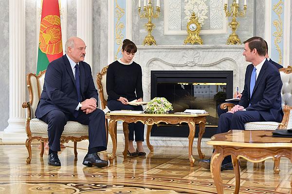 Тема недели: встреча Президента Беларуси с замгоссекретаря США Дэвидом Хэйлом