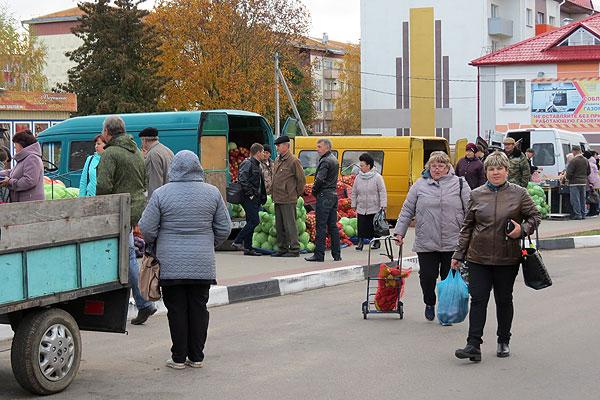 Дары осени на ярмарке в Толочине (+фото)