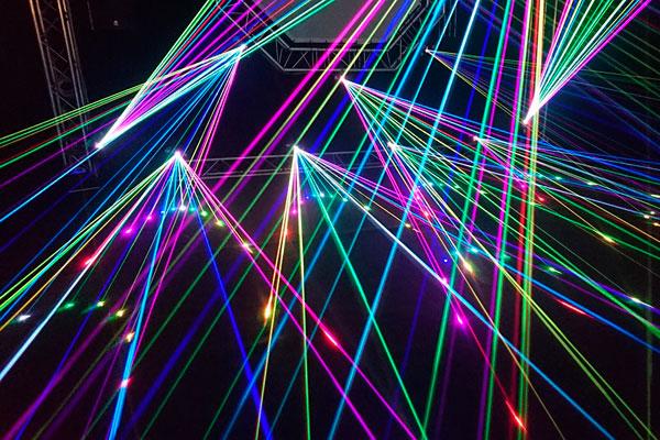 Лазерные атаки на самолёты – смертельно опасная забава