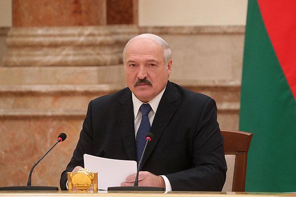 Тема недели: Лукашенко провел совещание по развитию АПК Витебской области