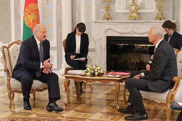 Тема недели: визит премьер-министра Латвии в Беларусь