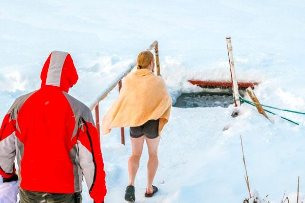 Крещенские купания: основные правила безопасности