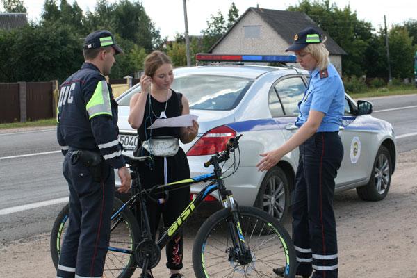 Рейд по профилактике нарушений на дороге провели сотрудники ГАИ в Толочине