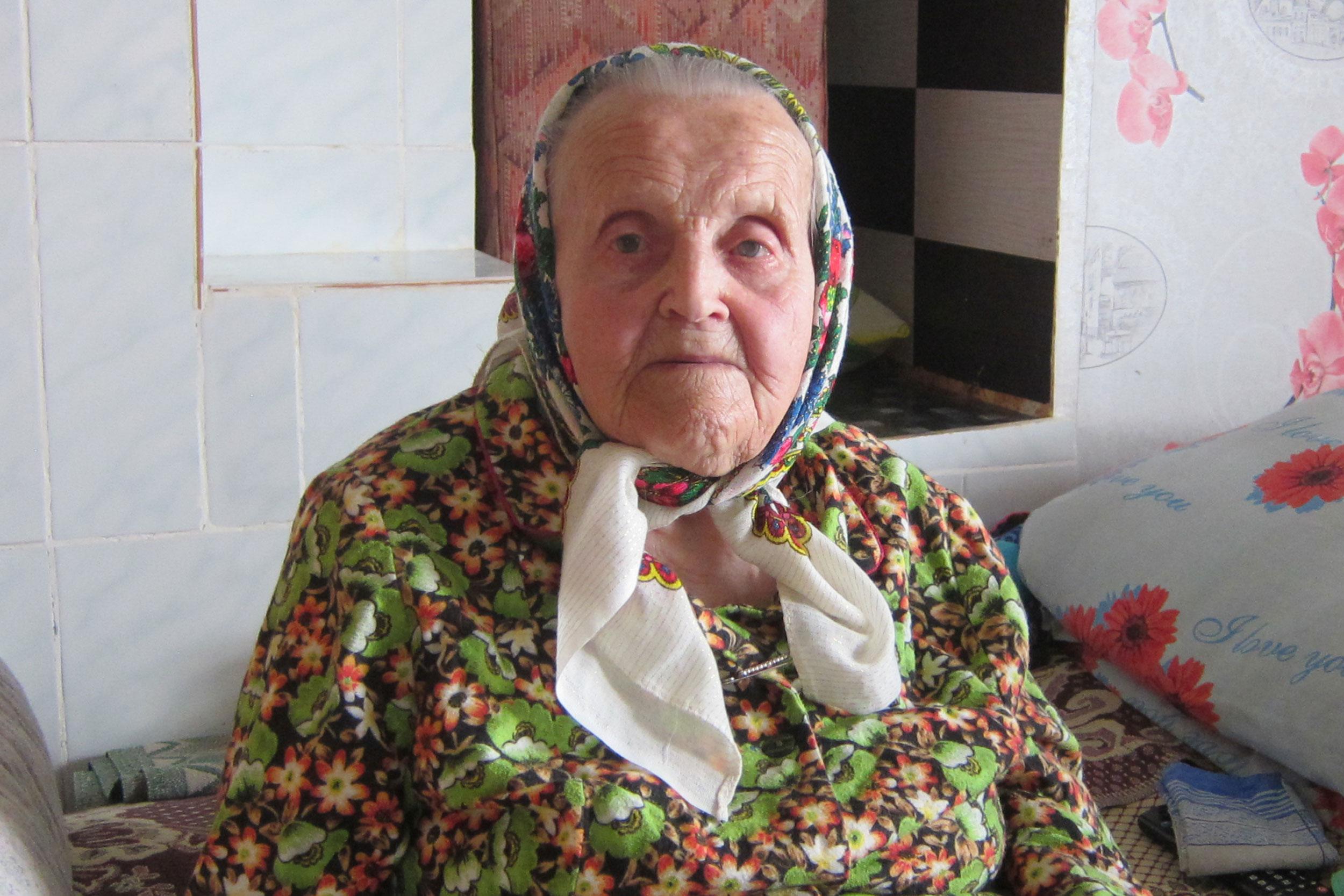 Жительнице Толочина Зинаиде Ивановне Четверенько недавно исполнилось 95 лет