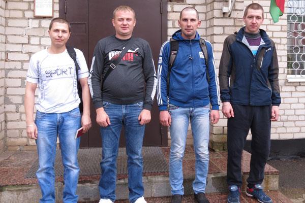 Военнослужащие запаса из Толочинского района вернулись с военных сборов