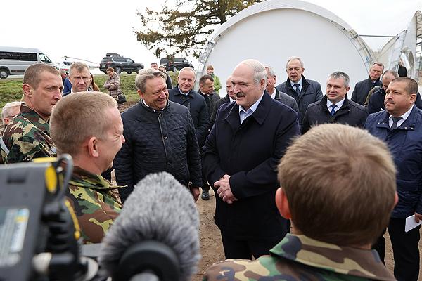 Александр Лукашенко высоко оценил работу Толочинского консервного завода