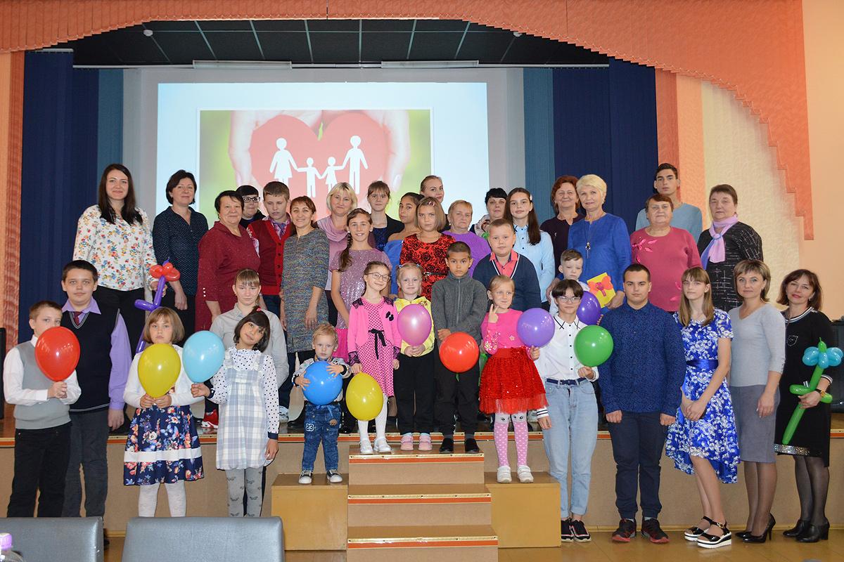 Фестиваль приёмных семей прошёл в Толочине
