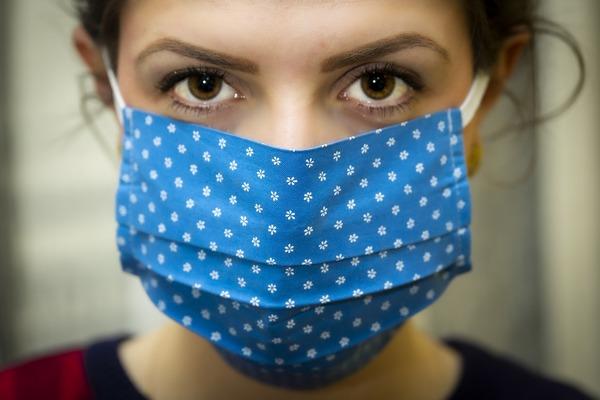Нужно ли при масочном режиме носить маску на улице?