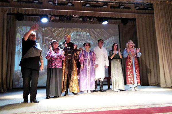 Премьера спектакля «Наказанная царевна» состоялась в Толочинском Центре культуры