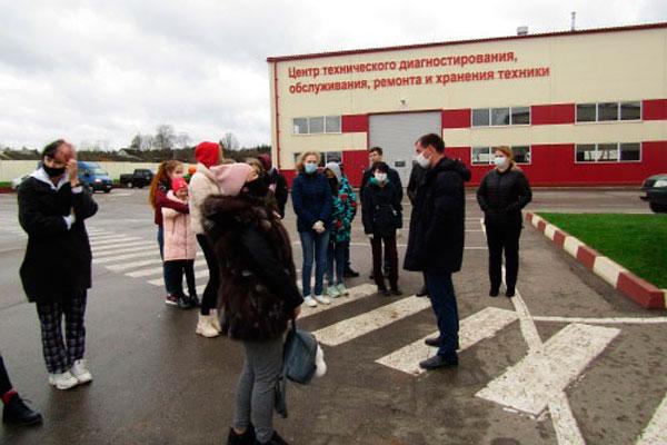 Кохановские школьники побывали на экскурсии в сельхозпредприятии «Мазоловогаз»