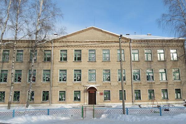 Усвижбукской школе в этом году исполнилось 60 лет (+фото)