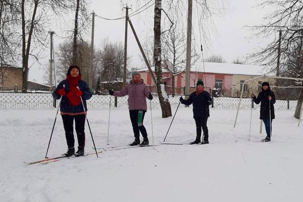 Усвижбукские учителя приняли участие в спортивных мероприятиях