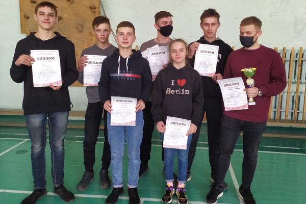Сборная Толочинского района заняла третье место в соревнованиях по туристско-прикладному многоборью