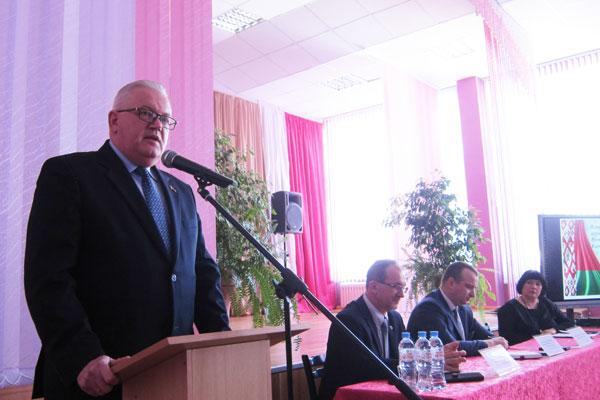 Толочинский район с рабочей поездкой посетил Министр образования страны