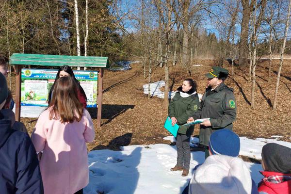 Ученики толочинской и славенской школ приняли участие в экскурсии к Международному Дню леса (+фото)