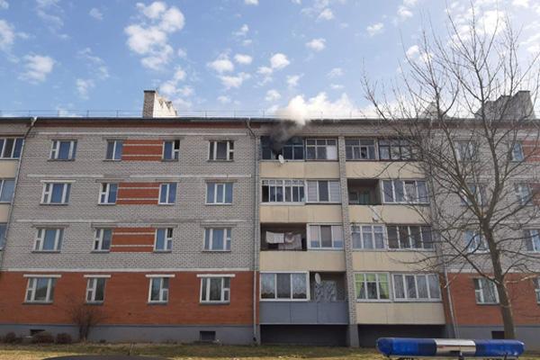 Толочинские спасатели утром 1 апреля потушили пожар в квартире
