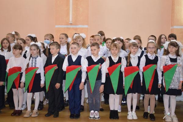Ряды пионерской организации в Толочинском районе пополнили 150 ребят (+фото)