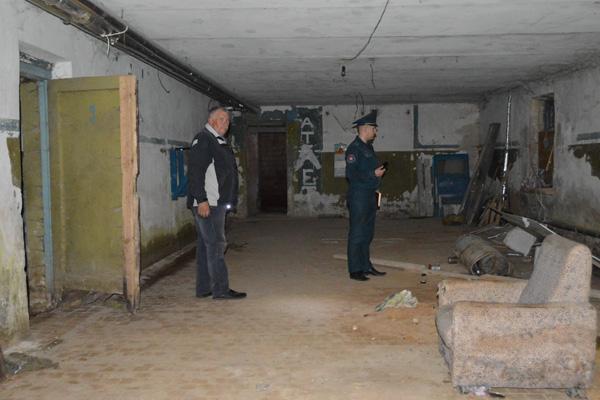 Подвалы и чердаки проверили на безопасность в Толочине
