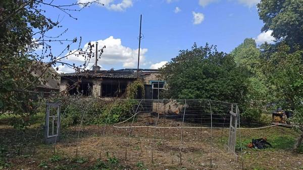 В деревне Неклюдово сгорел дом