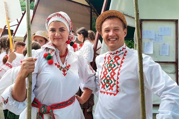 Дипломом отмечена толочинская пара на фестивале «Берегиня»