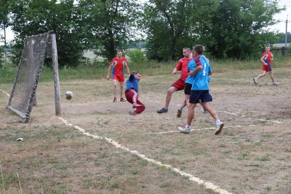 В Славном День Независимости Республики Беларусь отметили на футбольном поле (+фото)
