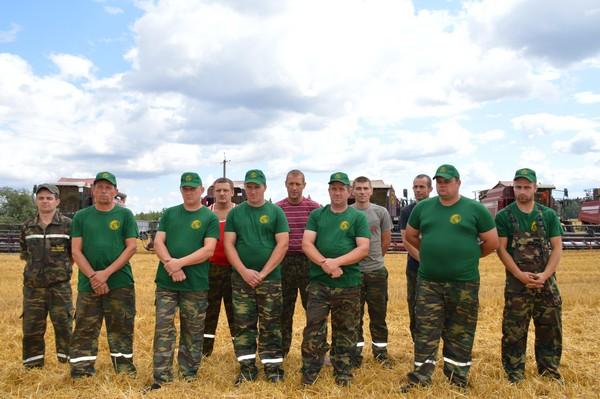 Состоялось награждение тысячников Толочинского консервного завода (+фото)