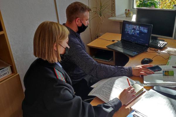 Онлайн-тренинг с преподавателями школ провели сотрудники Толочинского РОВД